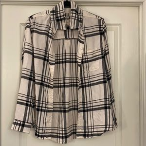 American Eagle Size Med Ladies Flannel Shirt